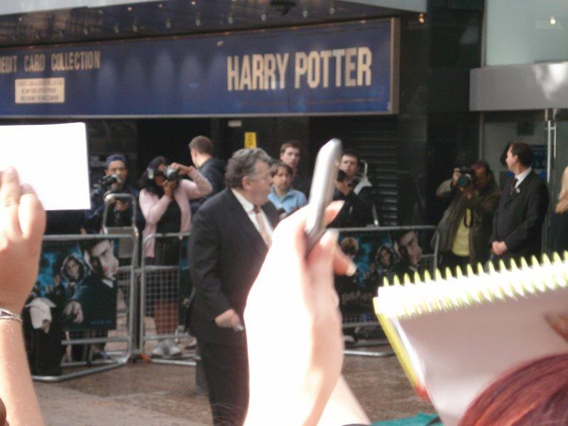 Robbie_Coltrane à l'avant-première londonienne d'Harry Potter 5