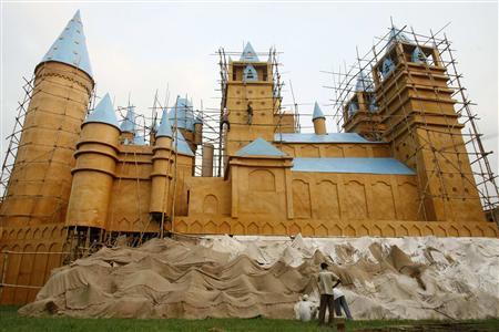 Poudlard en Inde : JK Rowling et la Warner poursuivent un groupe religieux indien