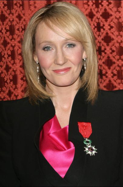 J. K. Rowling reçoit la Légion d'honneur. [MàJ]