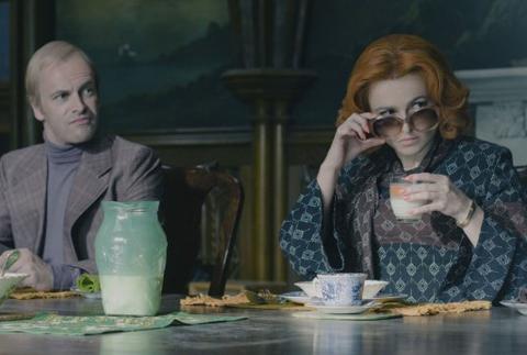 Helena Bonham-Carter incarne le Dr. Julia Hoffman