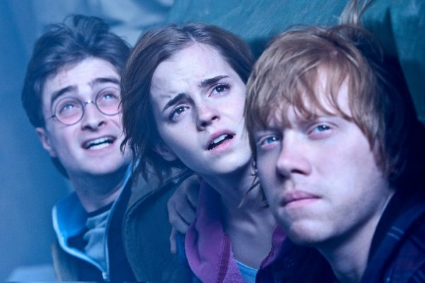 harry-potter-deathly-hallows-2-harry-hermione-ron-600x400.jpg