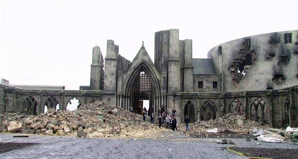 Poudlard en ruine, durant le tournage du 8e film