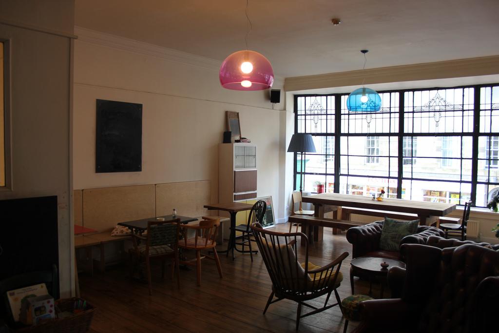 Spoon Café et Nicholson's Café - où Rowling écrivait Harry Potter