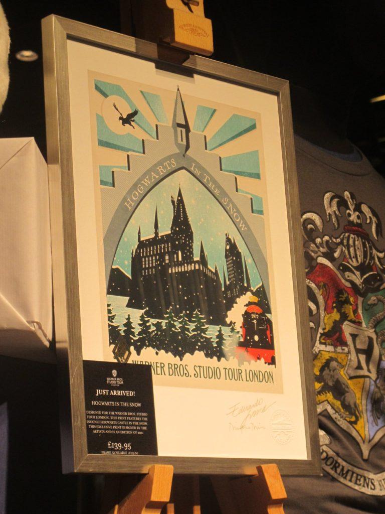 Le printe exclusif de Minalima vendu dans la boutique du Warner Bros Studio Tour London: The Making Of Harry Potter lors d eHogwarts in the Snow