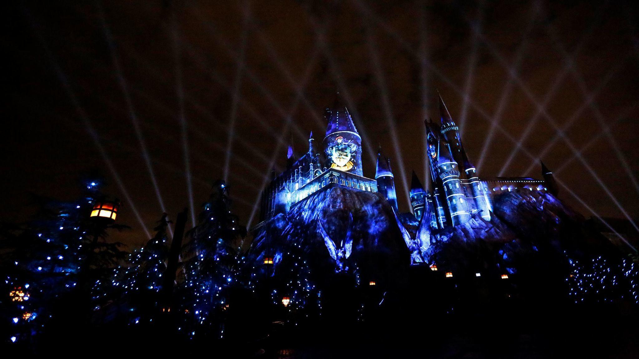 Un son et lumière spectaculaire sur Poudlard à Hollywood