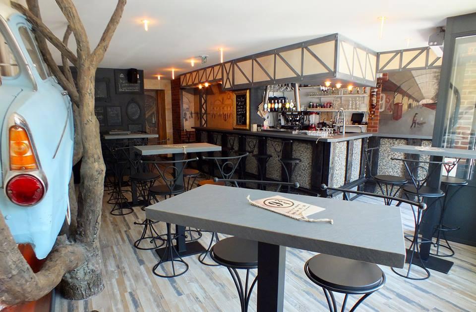 """""""Le 9 3/4"""", le bar Harry Potter à Amiens"""