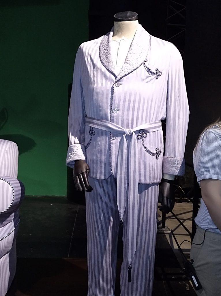 Costume pyjama de Horace Slughorn dans Harry Potter et le Prince de Sang-Mêlé, exposé au Warner BRos Studio Tour London: the making f Harry Potter