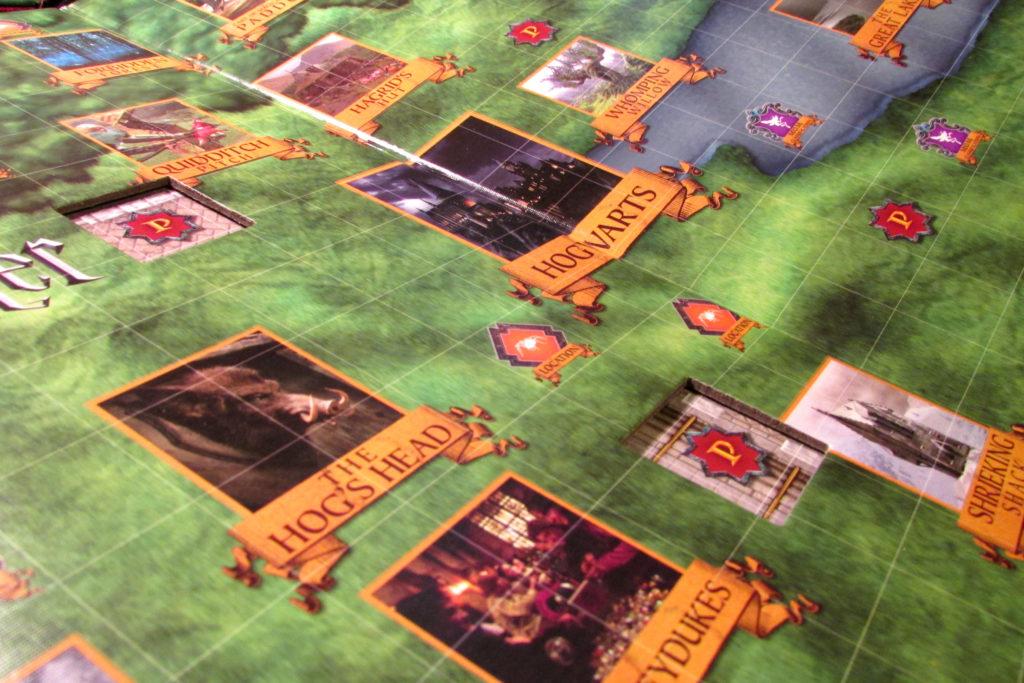 Détail du plateau du jeu HArry Potter: Magical Beasts - Parc de Poudlard
