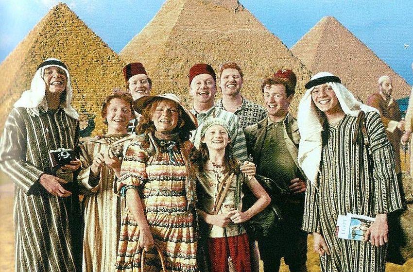 La famille Weasley lors de son voyage en Egypte