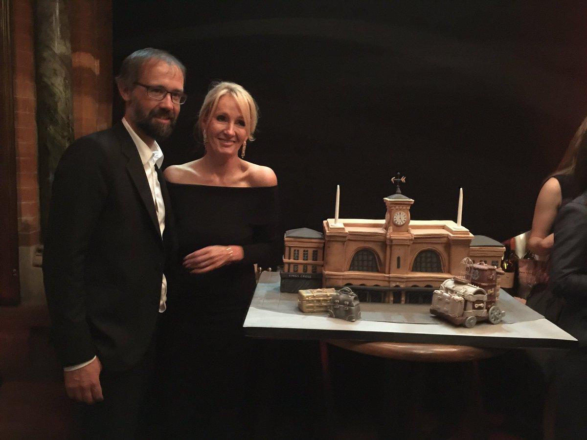 Les gâteaux de Harry Potter et l'Enfant maudit, une retrospective.