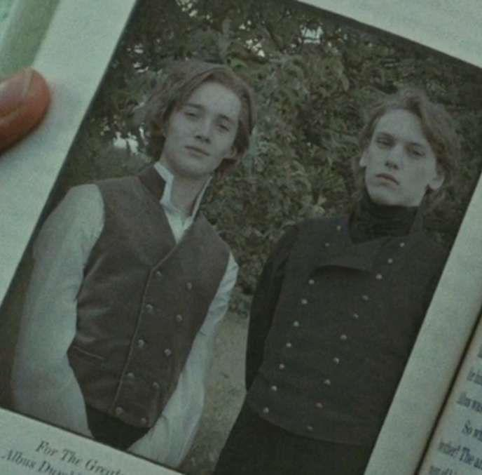 Dumbledore et Grindelwald jeunes dans HP7.