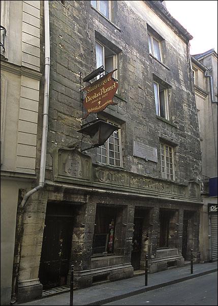 La véritable maison de Nicolas Flamel à Paris