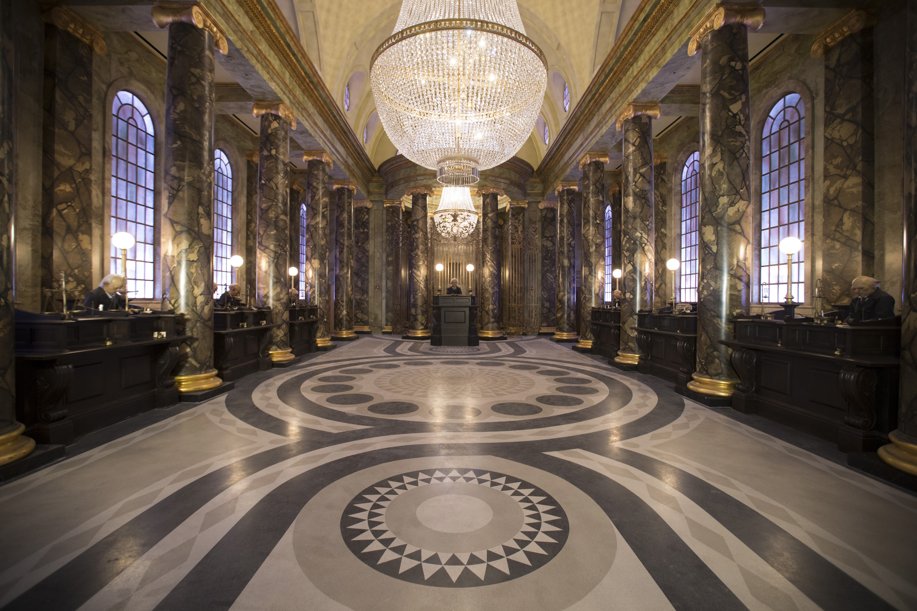 universal-34_hp-and-the-escape-from-gringotts.jpg
