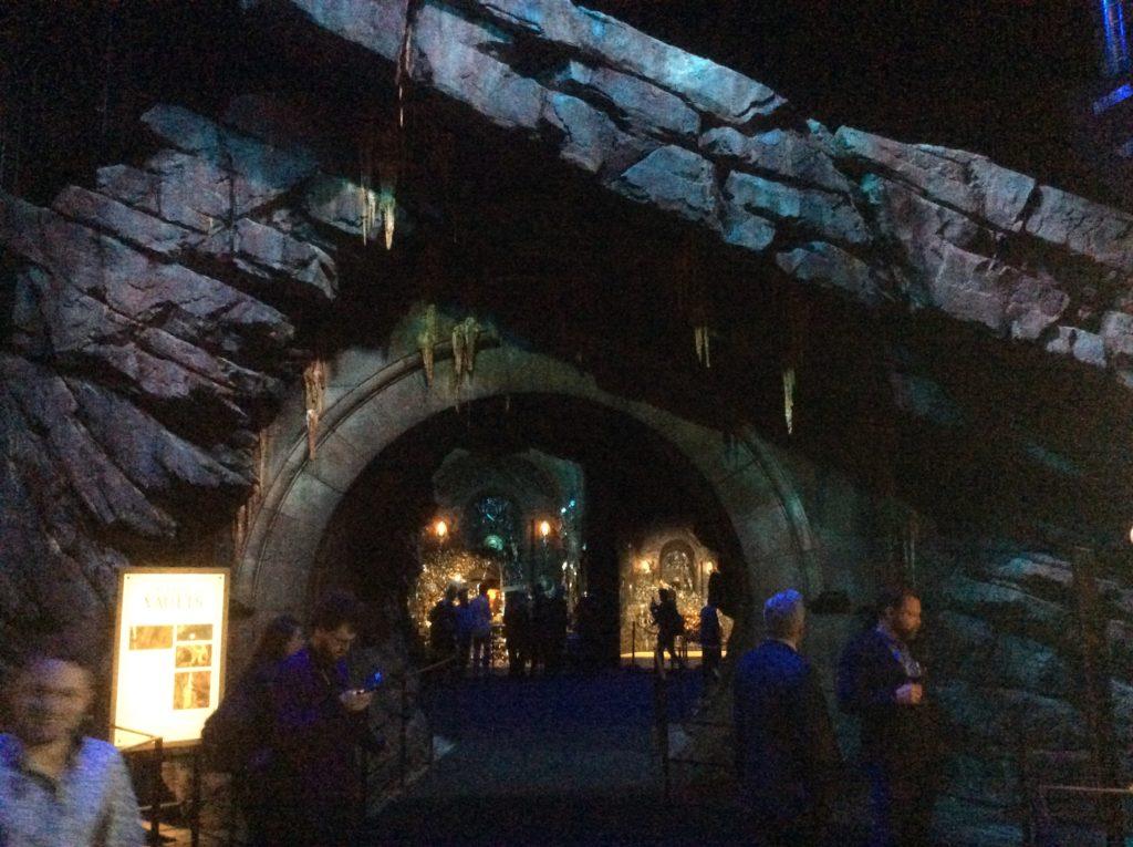 accès aux coffres au Warner Bros Studio Tour London - The Making of Harry Potter - Inauguration Gringotts