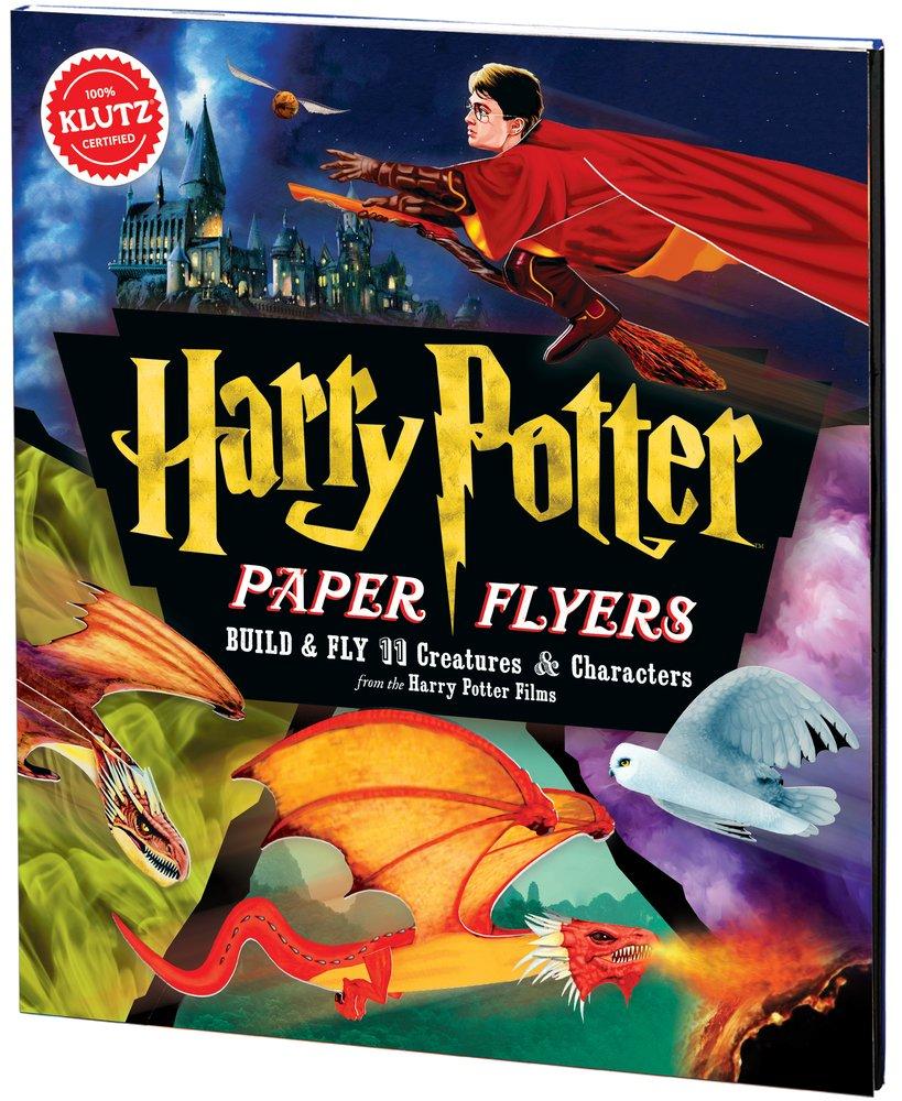 """Un livre """"d'avions en papier"""" Harry Potter"""