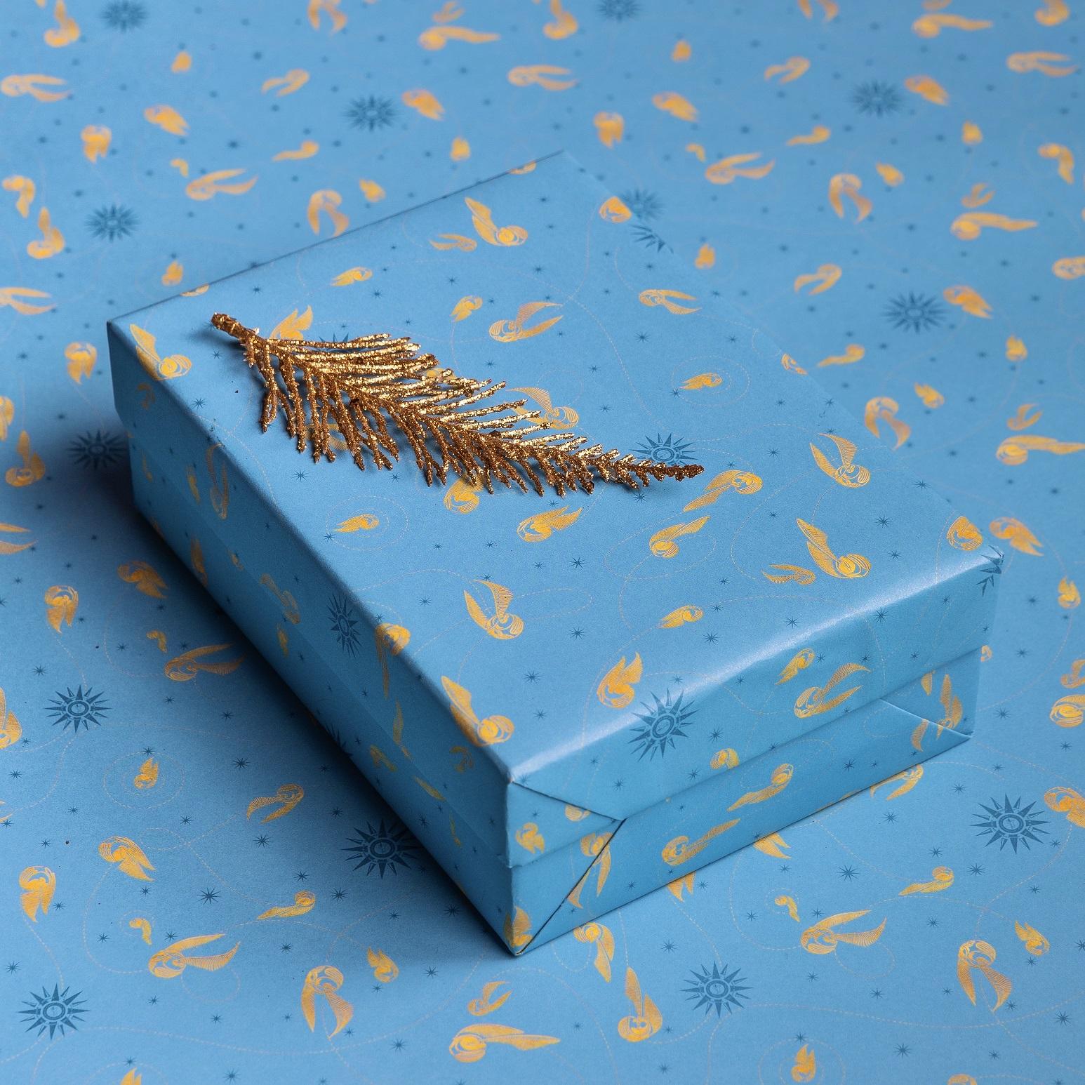 minalima_quidditch_gift_wrap_1.jpg