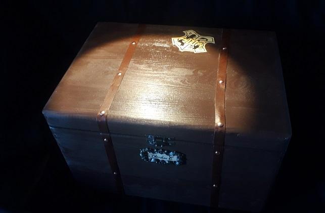Tutoriel – Coffre rangement façon valise de Poudlard