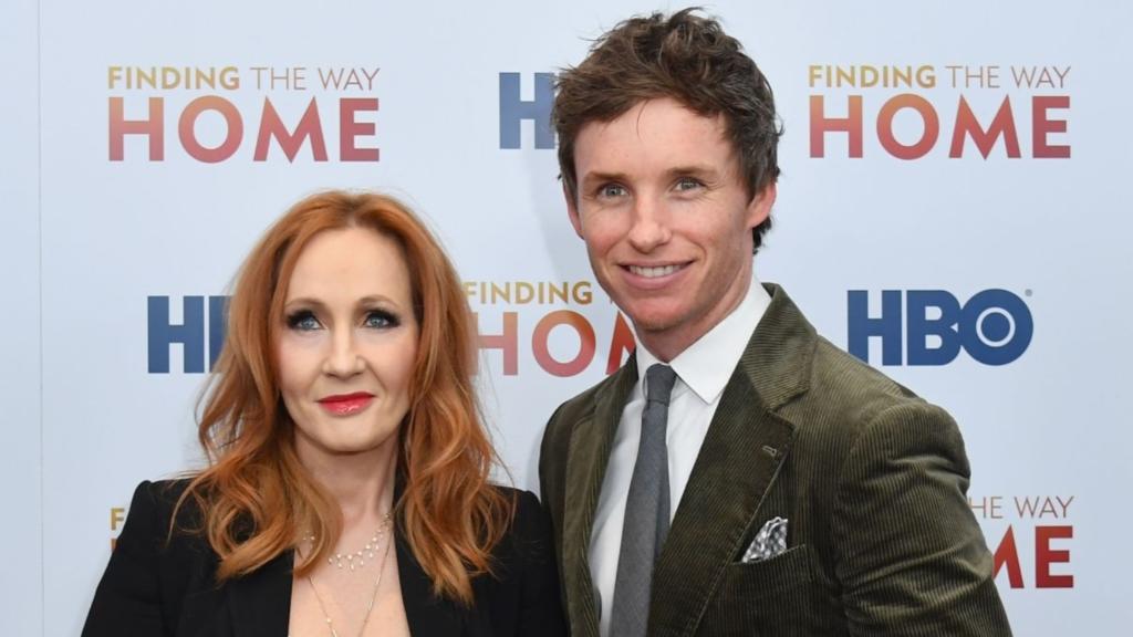 Eddie Redmayne et JK Rowling à l'avant-première à New York de Finding the Way Home