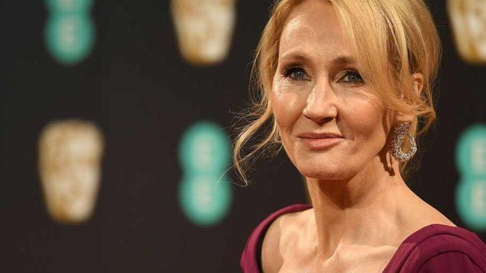 J.K. Rowling soutient le collectif Killer Women