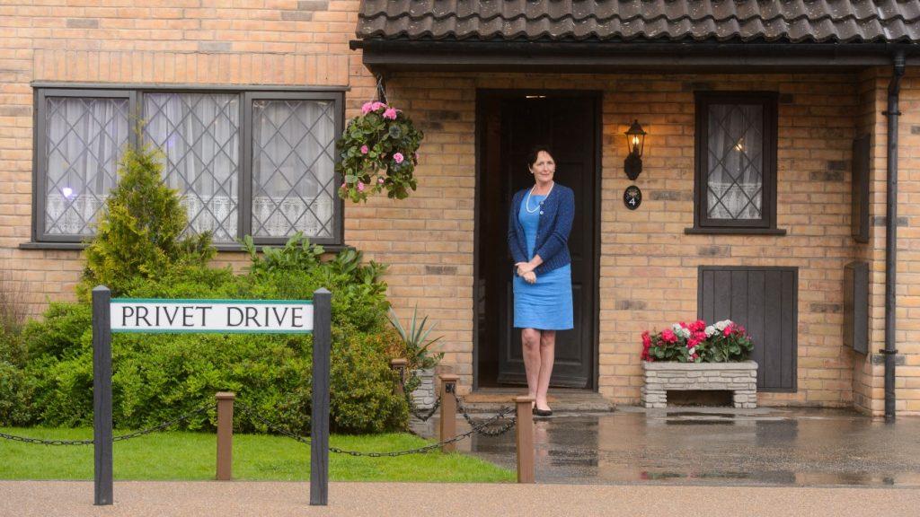 Fiona Shaw inaugure Privet Drive au Warner Bros Studio Tour London : The Making Of harry Potter