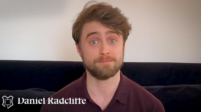 Daniel Radcliffe lit Harry Potter pour la campagne Harry Potter à la maison