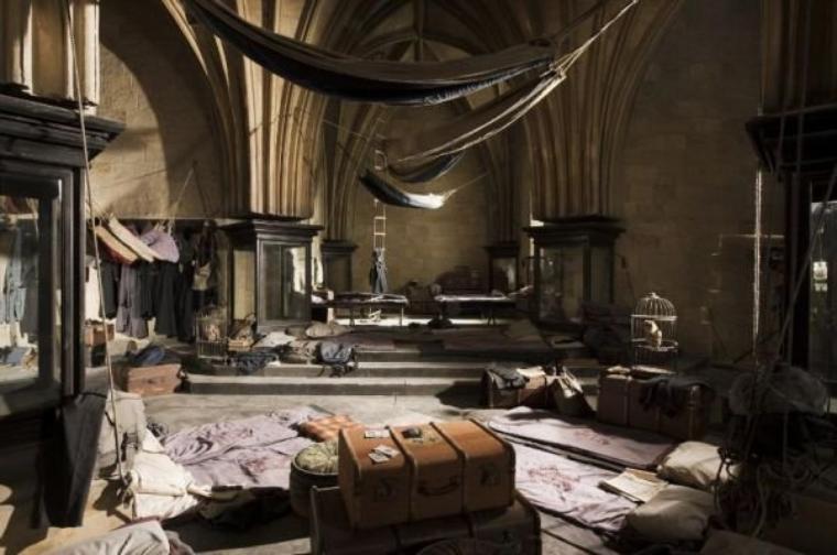 La salle sur demande accueille l'armée de Dumbledore dans sa lutte contre l'oppression du Ministère dans Harry Potter
