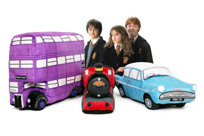 Après les créatures, les véhicules de Harry Potter en peluche