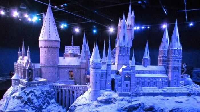 Poudlard sous la neige de retour au Studio Tour Harry Potter