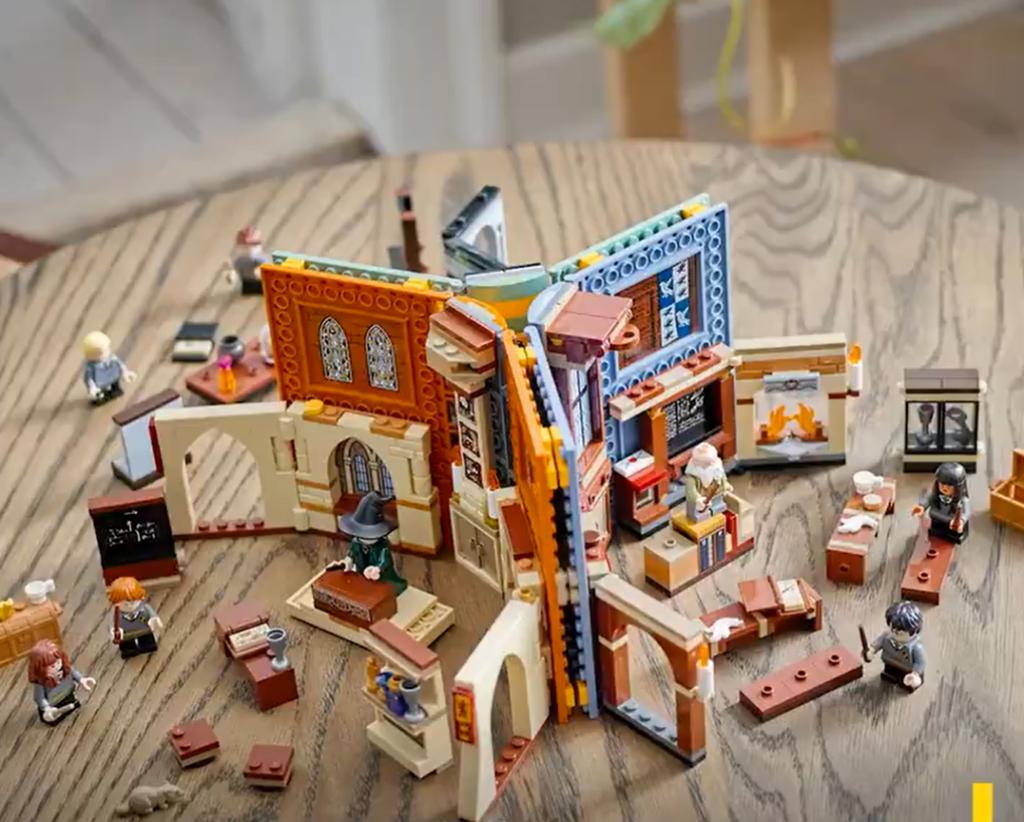 LEGO Combinaison de 3 salles de cours / livres