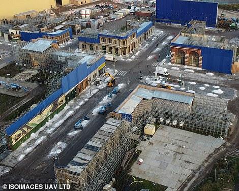 Rue de Gotham ou décor  de Berlin dans les Animaux Fantastiques 3 ?