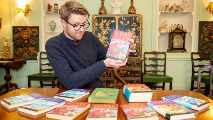 Deux tomes de Harry Potter aux enchères
