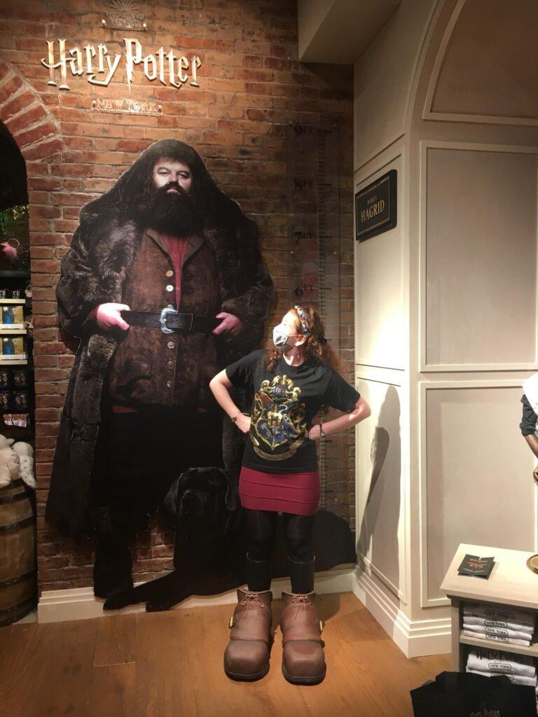 Point photo avec Hagrid dans la boutique Harry Potter de New York