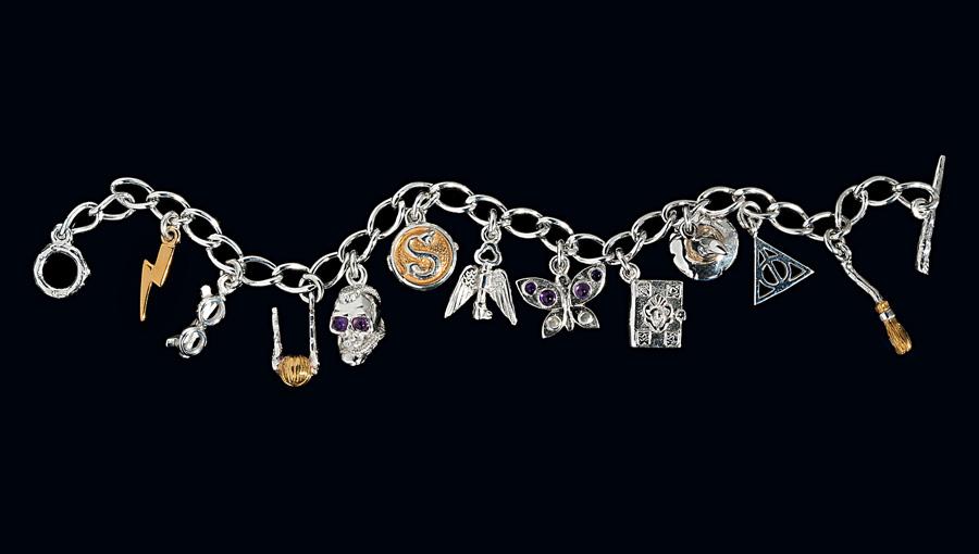 Le Bracelet Lumos Maxima sera exposé à la bijouterie écossaise Hamilton & Inches du 28 aout au 5 septembre.