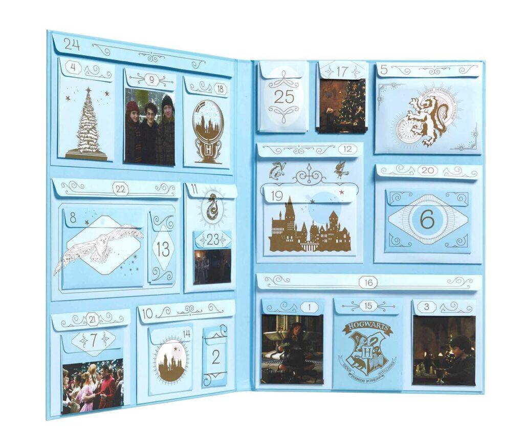 Intérieur du calendrier de l'Avent Harry Potter de Gallimard
