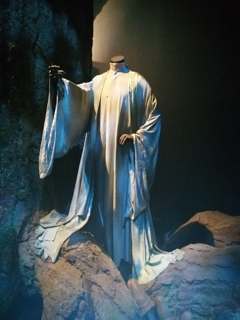 costume de voldemort forêt interdite reliques de la mort partie 2 studio tour